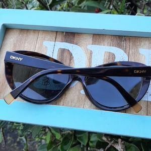 DKNY Tortoise Cat Eye RX Sunglasses Pinup Rock